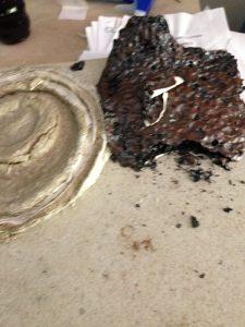 Accident de cuisson plaque faïence fondue